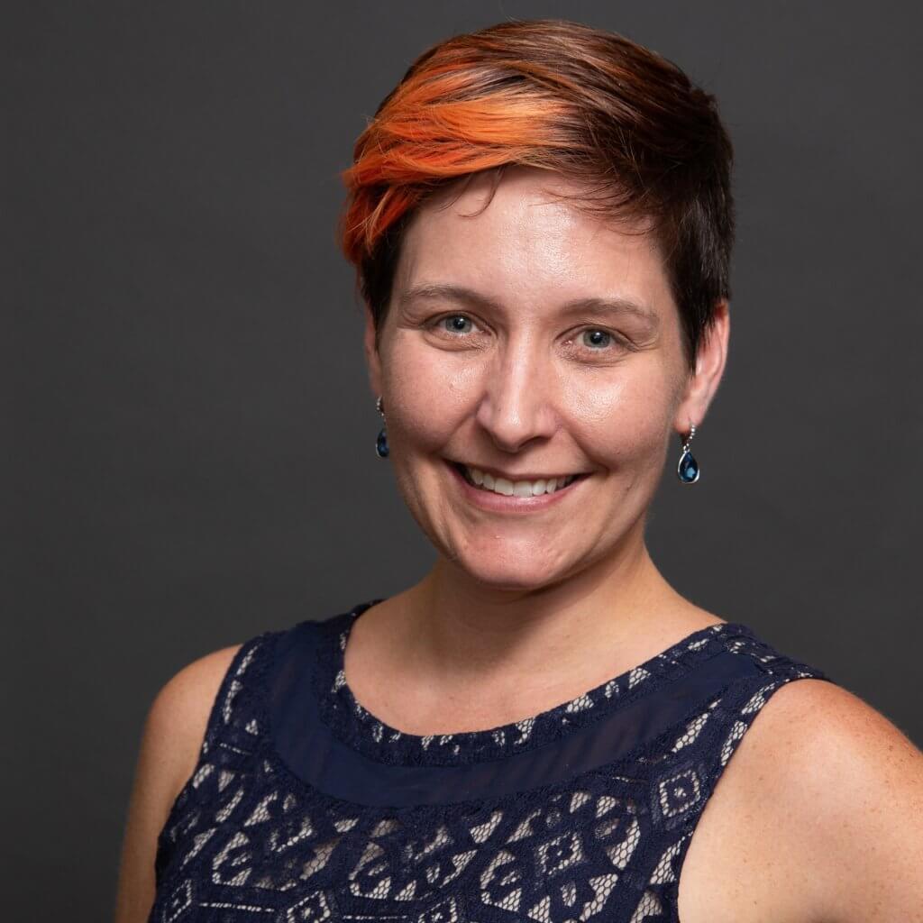 Dr. Laura E. Knouse